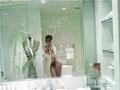 Rihanna nude leaked photos